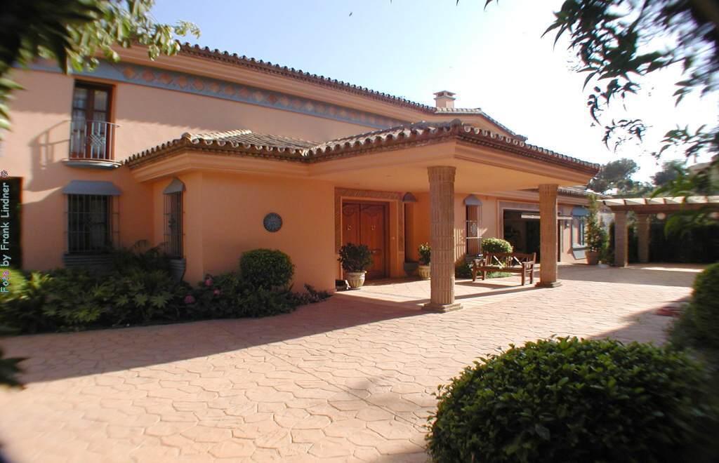 Marbella-luxury-villa.13.jpg